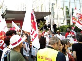 Une manifestation devant le siège de l'Unédic