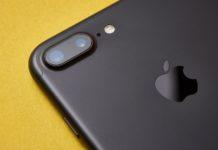 Un iphone 7 plus vu de dos